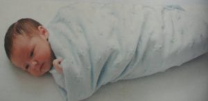 swaddling a baby5